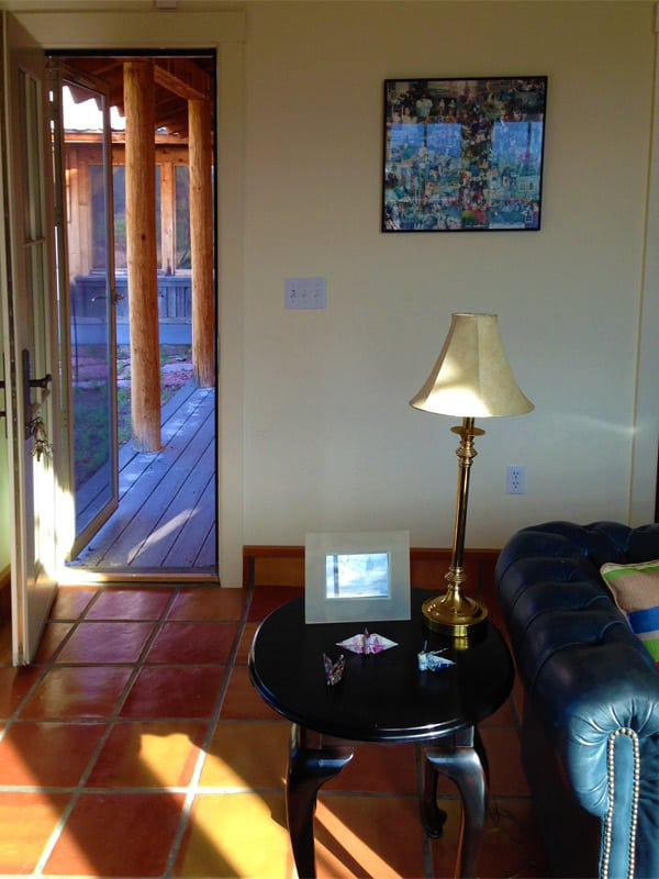 Las Palomas home for sale - sitting room to portal