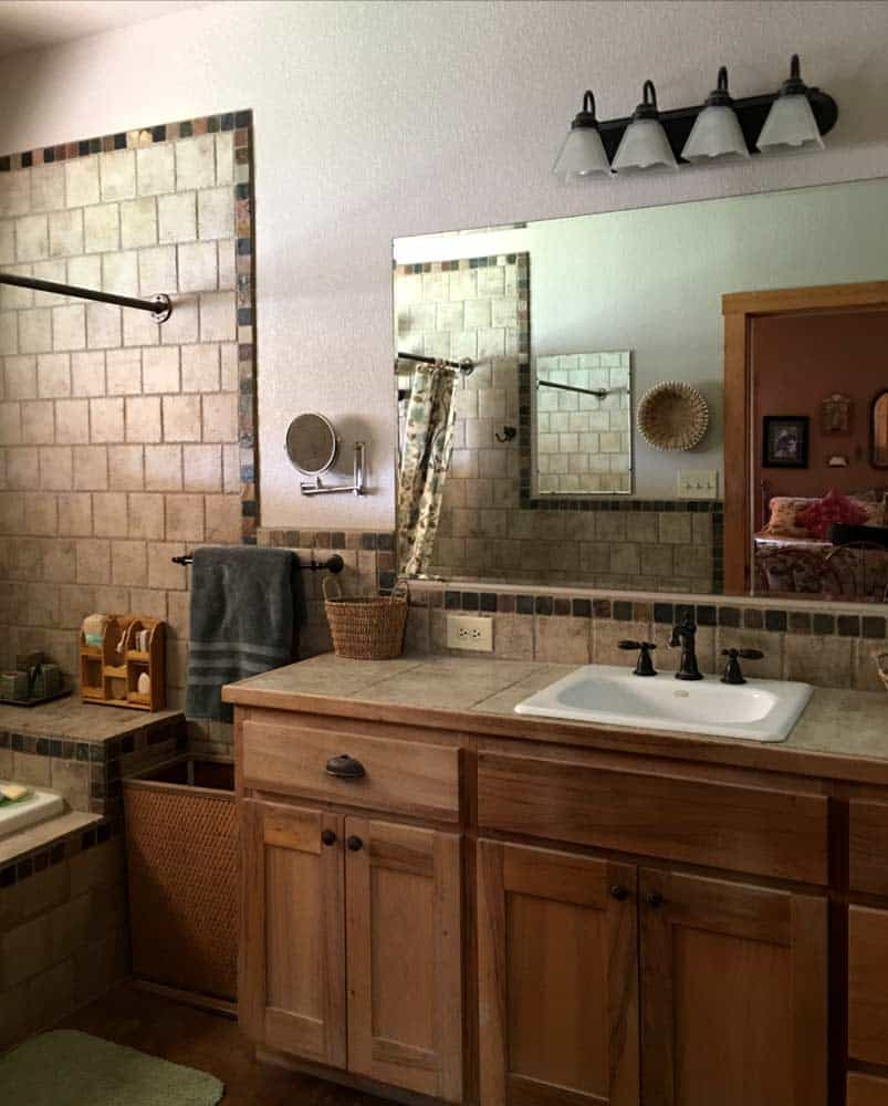 home for sale in New Mexico - master bathroom