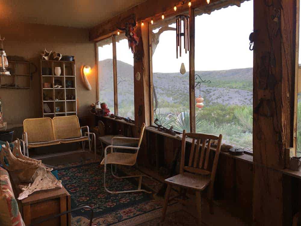 home for sale in New Mexico - screened in sitting area